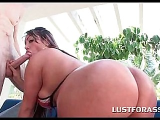 Huge ass slut sucking big dick in back yard