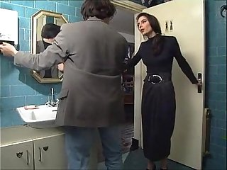 Girls.co.vu  Vintage Brunette in Restaurant Restroom