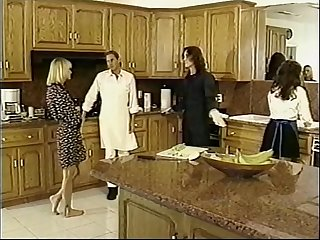 Tammi Ann DPed and Cumswpping in 4Way