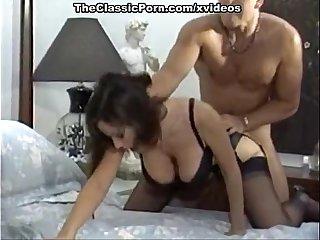 Hard fuck for noisy girlfriend